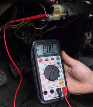 how to find positive wire with multimeter
